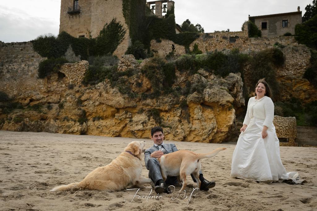Fot grafos post boda tarragona y playa del castell de tamariu eli david wolfphotographers - Fotografos en tarragona ...